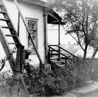 Дом на Арсеньева 5. Хабаровск 1950-е. :: Олег Афанасьевич Сергеев