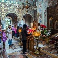 Интерьер храма на Форосе :: Юрий Яловенко