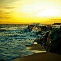 Закат на Южно-Китайском море :: Виктор Торба