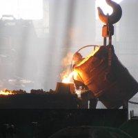 Заливка металла :: Светлана Паламарчук