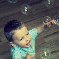 Мыльные пузыри!!! :: Елена Беляева