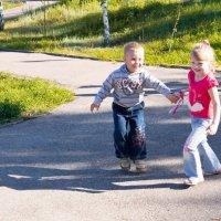 счастливое-беззаботное детство :: Наталья Крастилевская