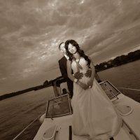 Ах, эти свадьбы, свадьбы, свадьбы... :: Олег Лаврик