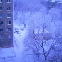 Зимний городской пейзаж :: Людмила Якимова