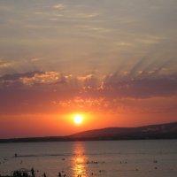 Закат солнца :: Виктория Чурилова