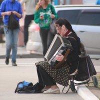 Песня на улице :: Вера Юшкова