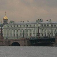 в Санкт-Петербурге... :: Сергей Румянцев
