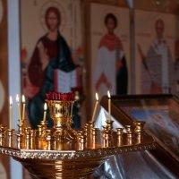 В храме :: Наталия Иванова