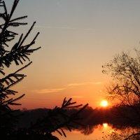 Весенний рассвет после Пасхальной службы :: Олег Фролов