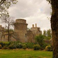 тот же замок, но после дождя. :: Елена Мартынова