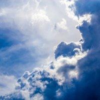 Крутые облака :: Владимир
