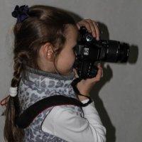Юный фотограф. :: Nonna