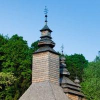 Деревянная церковь в Пирогово :: Руслан Безхлебняк