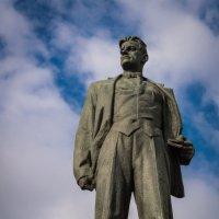 Памятник Владимиру Маяковскому :: Сергей Басов
