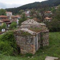 Развалины турецкой бани :: Елена Миронова