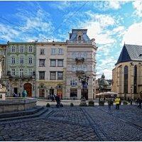 Старый город (пл Рынок , Львiв) :: Владислав Кравцов