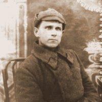 Старое фото. Мой дед накануне войны. Погиб в 1942 г. :: валерия