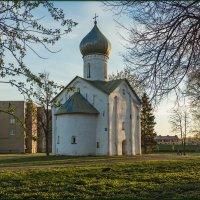 Церковь Двенадцати Апостолов на Пропастех. :: Евгений Никифоров