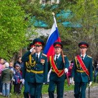 Равнение на флаг Российской Федерации! :: Евгений Поварёнков