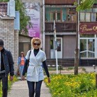 Солнечный день в городке :: Анатолий Тимофеев