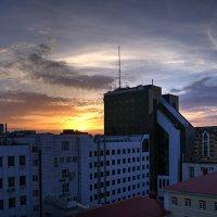 Восход солнца в Уфе :: Константин Вавшко