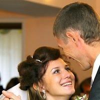 Как же все счастливые похожи друг на друга! :: Валерий Рыкунов