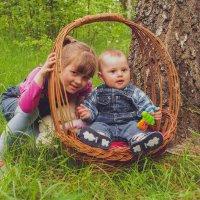 Сестрёнка и я :: Саша Хмелёвская