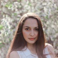 Гулия :: Лиза Николаева