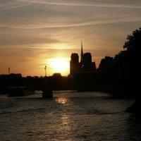 Париж на закате :: Ольга Крыгина