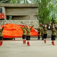 Танец. 9 мая :: Катя Бакшенева
