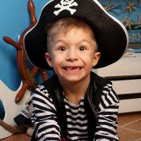 Весёлый пират:) :: Лазарева Оксана