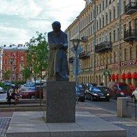 Памятник Достоевскому.(Вариант-2) :: Александр Лейкум