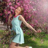 Милая Анечка, заряжающая весенней энергией :: Надежда Батискина