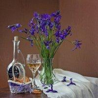 Вино с ароматом ириса :: Ирина Приходько
