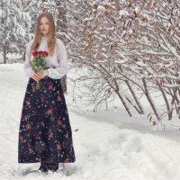 Девушка с букетом в снежный день :: Юлия Люлькина