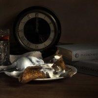 Russian five o'clock tea :: Lev Serdiukov