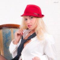 Красная шляпка :: Alesio St