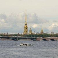Река, мост, собор :: Олег Попков