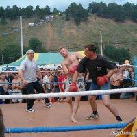 Бокс на Грушинском фестивале :: Сергей Кандауров