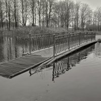 Грустный мост :: Валентина Потулова