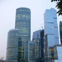 Две жизни города :: Ольга Мазаева