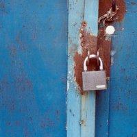 locked in blue :: Anastasia GangLiON