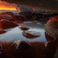 Закат под льдиной :: Александр Бобрецов