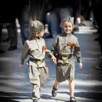 Юное поколение защитников Родины :: Игорь .