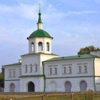 Старая церковь в станице :: Виталий Павлов