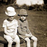 брат и сестра :: oleg Golubtcov