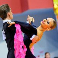 Танец должен доставлять удовольствие. :: Павел Сущёнок