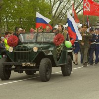 Парад в Сузуне :: Евгений Суханов