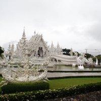 Белый храм :: Сергей Карцев
