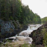 Бурное течение подопада Кивач :: Kirilla Spring